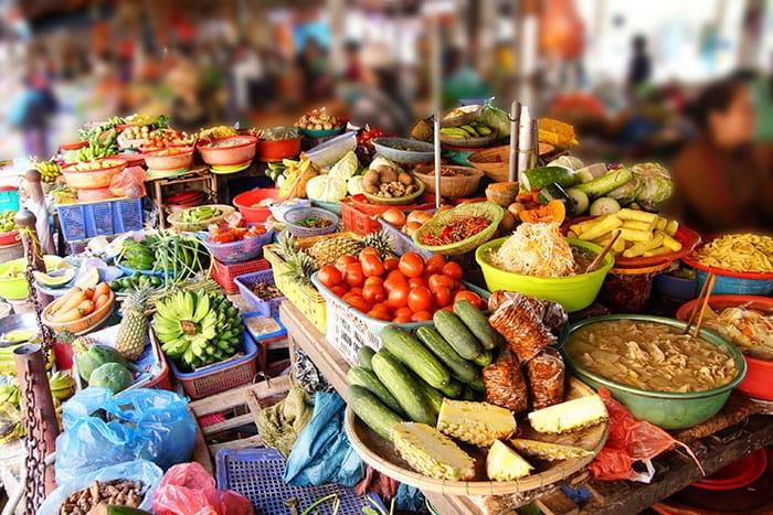 bigstock-Colorful-Vegetables-For-Sale-87721925_web