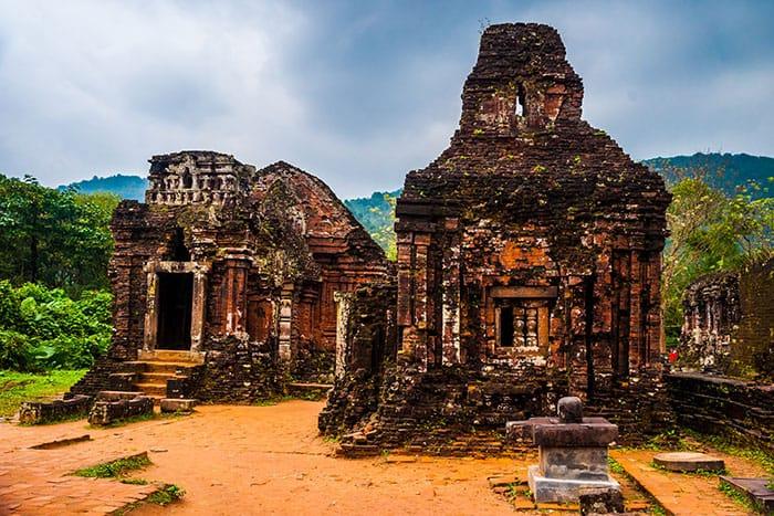 bigstock-My-Son-Ancient-Hindu-temples-119505599_web
